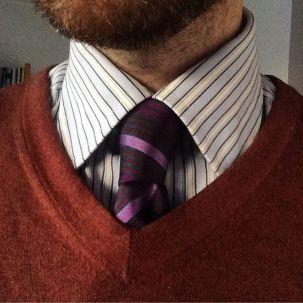 #krakahaaste #sweater #necktie