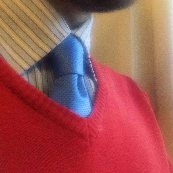 #krakahaaste Toiseksi viimeistä viedään. #necktie #sweater